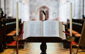 Bibles & Hymnals