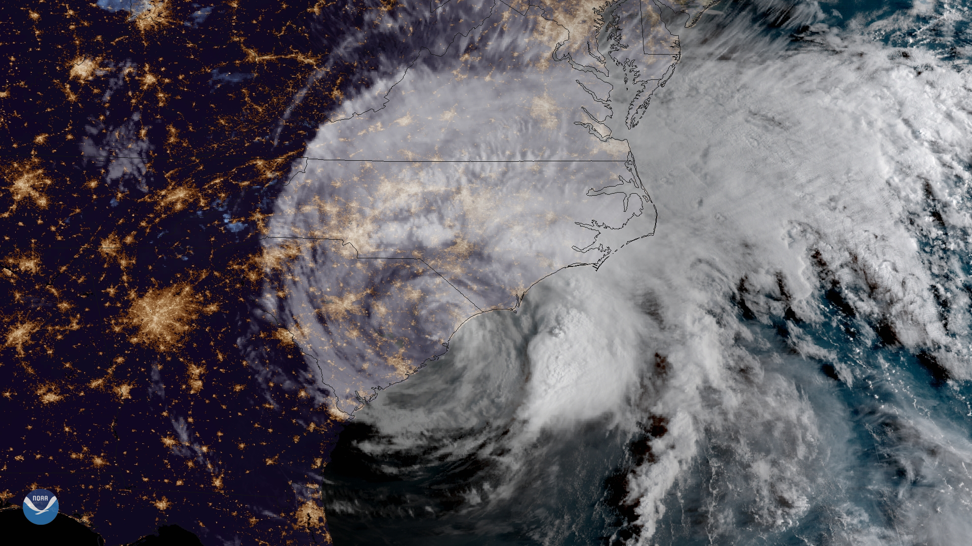 Image of Hurricane Florence approaching the Carolina coast. NOAA / noaa.gov and the NOAA Environmental Visualization Laboratory