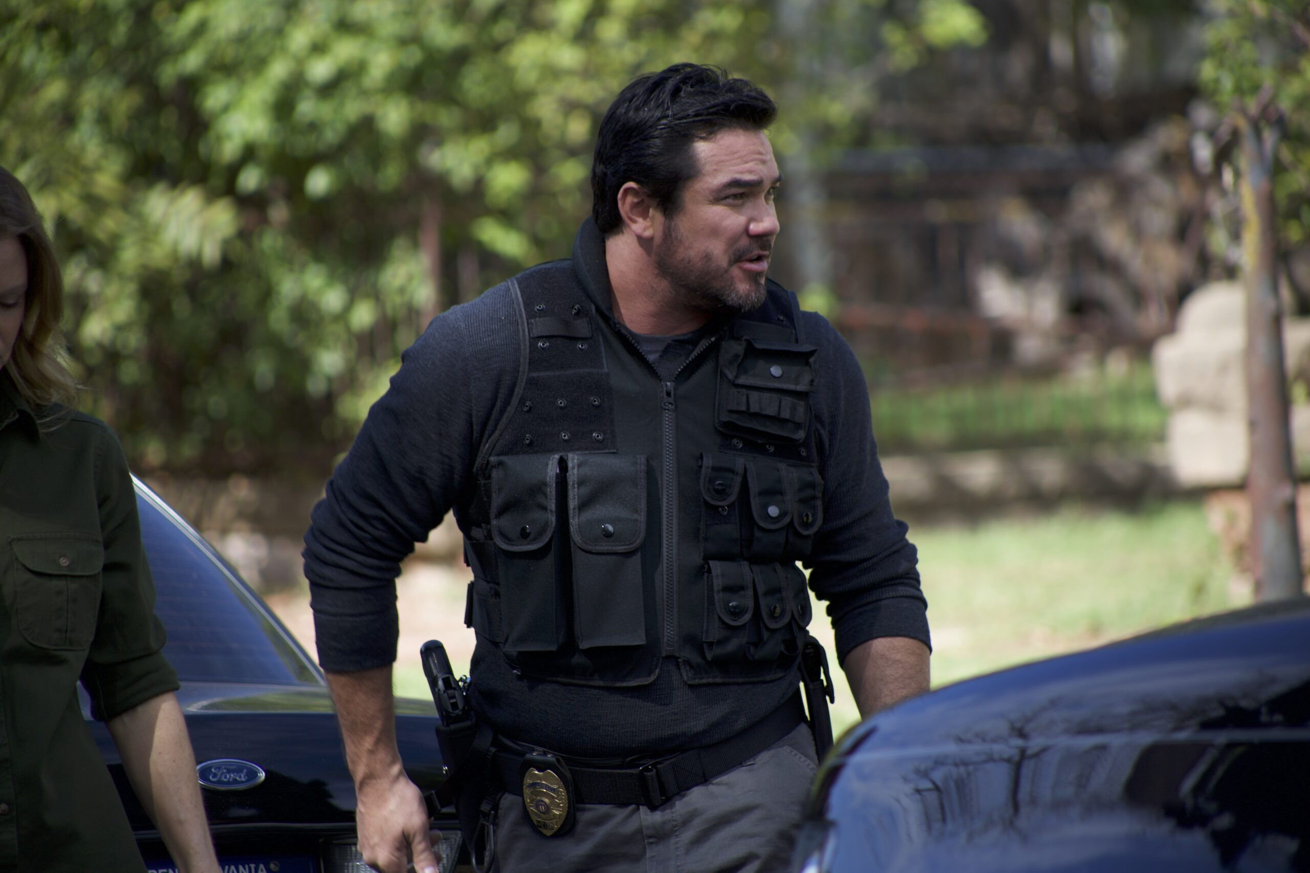 Dean Cain as Detective James Woods