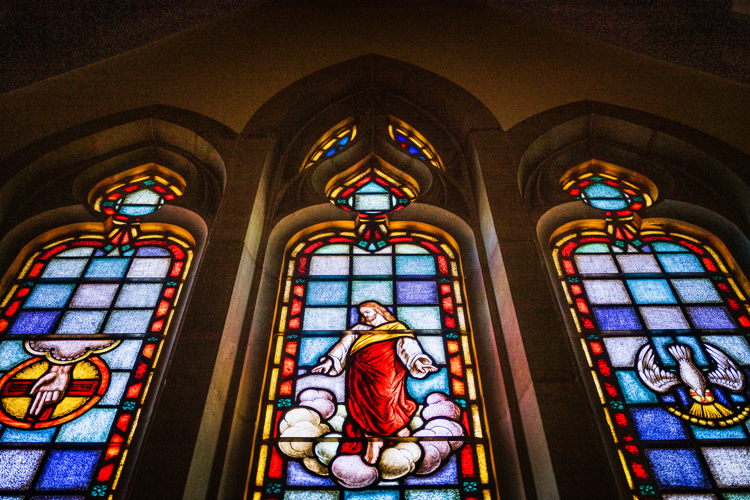 Stained glass depicting the ascension of Jesus Christ (Acts 1) on Thursday, April 30, 2020, at Immanuel Lutheran Church, Olivette, Mo. LCMS Communications/Erik M. Lunsford